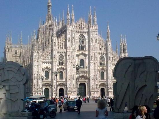 มิลาน, อิตาลี: Il Duomo