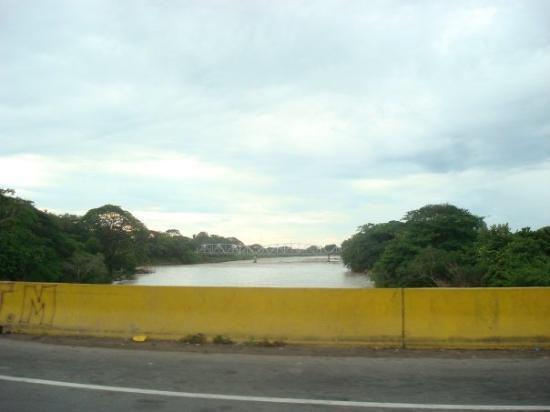 Barinas, เวเนซุเอลา: rio santo domingo