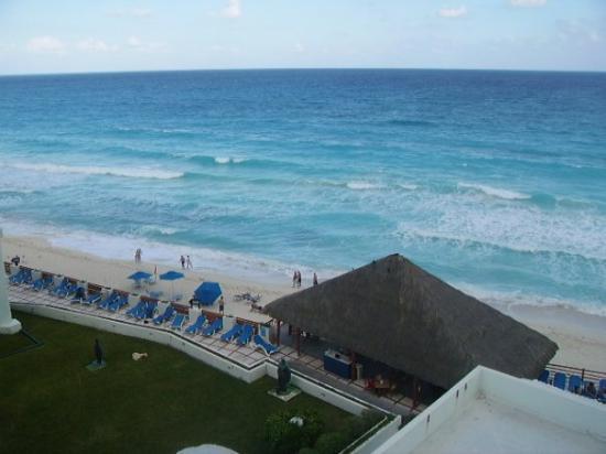 Óleo Cancún Playa All Inclusive Boutique Resort: Vista de la Pieza del Hotel