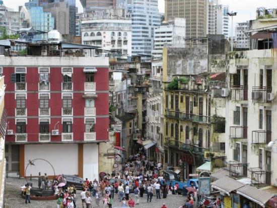 มาเก๊า, จีน: Street in Macau