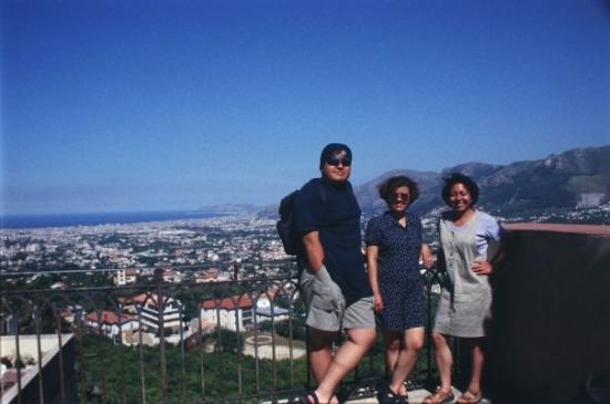 ปาแลร์โม, อิตาลี: La milenaria sicilia y su capital, Palermo a nuestras espaldas.