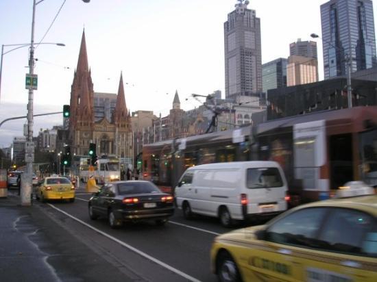 Flinders Street Station: Kilda St