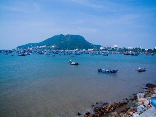 วุ้งเต่า, เวียดนาม: Harbour of Vung Tau