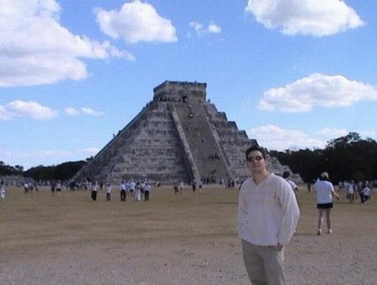El Castillo: Castillo de Chichén Itzá, Yucatán