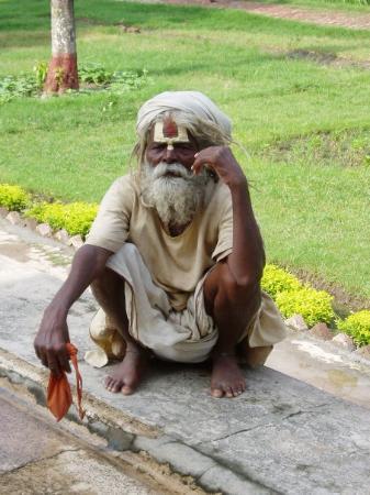 พาราณสี, อินเดีย: Un sadu a Varanasi