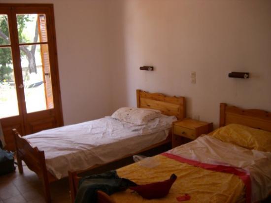 Dassia, กรีซ: l'appartamento...una delle stanze...mia e di giuly XD