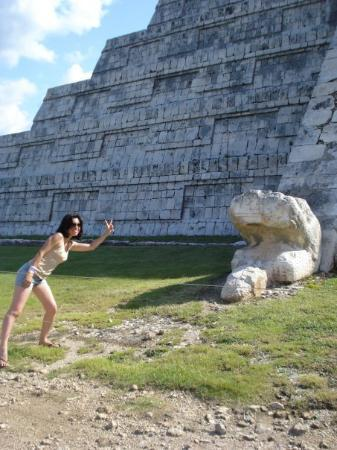 El Castillo: At Chichen Itza in Yucatán, Mexico. [Oct '08]