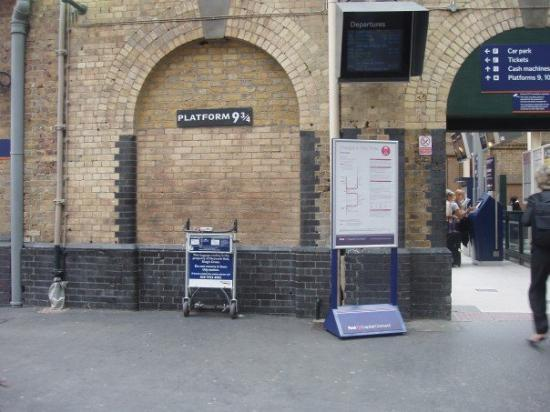 King's Cross Station: on our way to Hogwarts