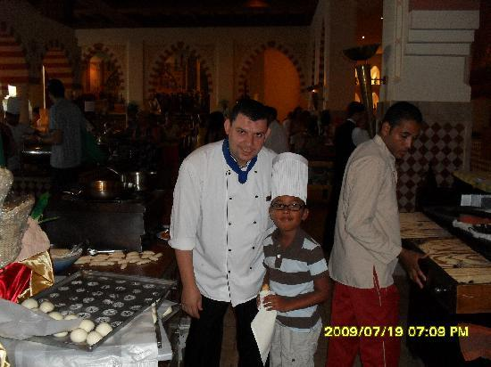 Tia Heights Makadi Bay: mostafa and my son