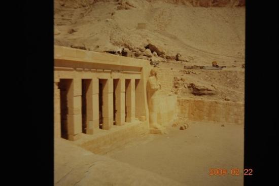 ลักซอร์, อียิปต์: IL TEMPIO DELLA REGINA HATSEPSUT - EGITTO (VIAGGIO DI NOZZE 1995)