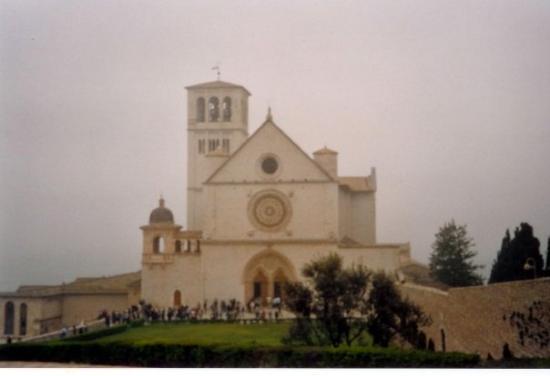 อัสซีซี, อิตาลี: S.FRANCESCO - ASSISI (2004)