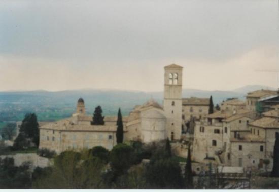 อัสซีซี, อิตาลี: ASSISI (2004)