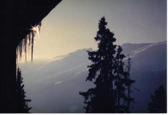 เดวอส, สวิตเซอร์แลนด์: Davos -- most of my photos from the wonderful year I spent in Europe as a college student were r