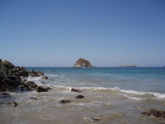 Ixtapa, เม็กซิโก: A stroll on the beach
