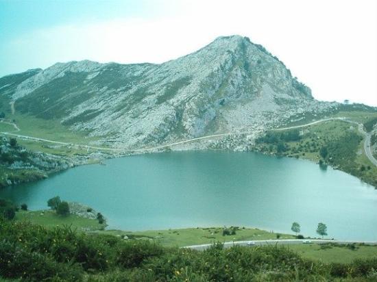 Covadonga ภาพถ่าย