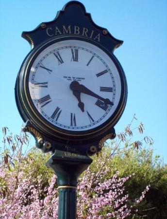 แคมเบรีย, แคลิฟอร์เนีย: Clock
