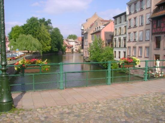 แฟรงก์เฟิร์ต, เยอรมนี: estrasburgo