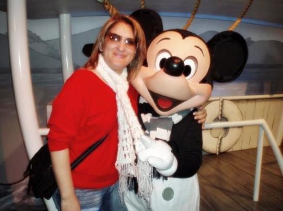 ดิสนีย์แลนด์ ปาร์ค: Mami y Mickey joto jajaja.- Disney