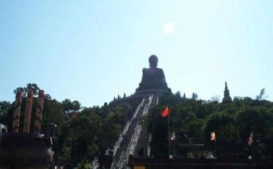 พระใหญ่: Giant Bronze Buddha