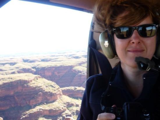คูนูเนอร์เรา, ออสเตรเลีย: me in the helicopter over the bungle bungle nat park