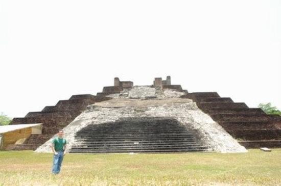 Zona Arqueológica de Comalcalco, Tabasco, México