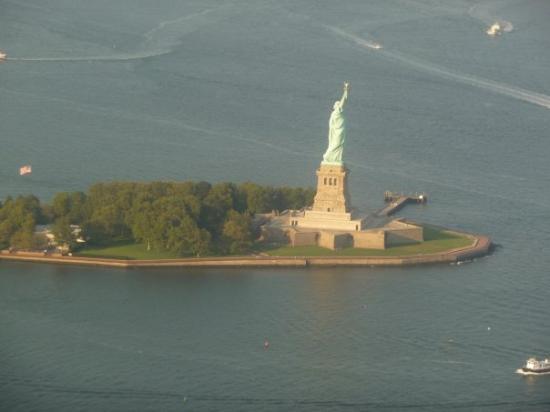 Statue of Liberty: Statua della libertà