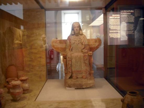 Museo Arqueologico Nacional: La Dama de Baza_Museo Arqueológico Nacional_04_06_09