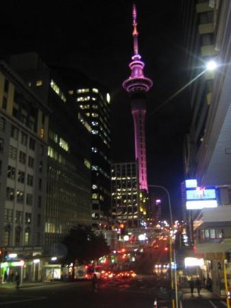โอกแลนด์เซ็นทรัล, นิวซีแลนด์: AKL by night