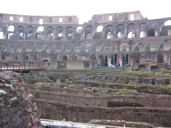 โคลอสเซียม: Lo que se aburrían los romanos!!