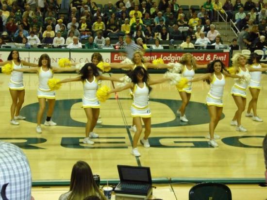 Eugene, Oregón: cheerleaders :)