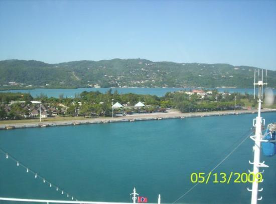 เซเว่นไมล์บีช, เกาะแกรนด์เคย์แมน: Jamaica