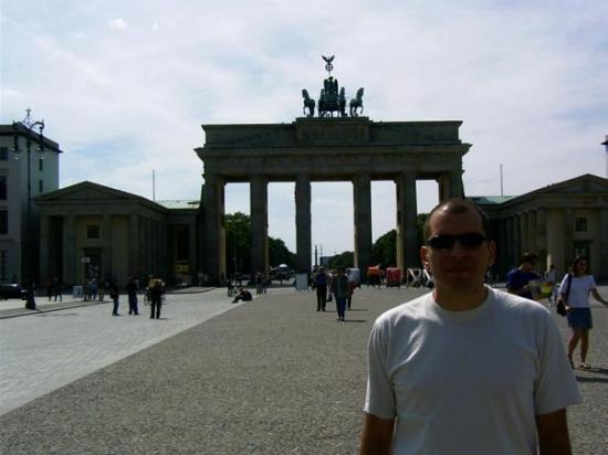 ประตูบรานเด็นเบิร์ก: Berlín