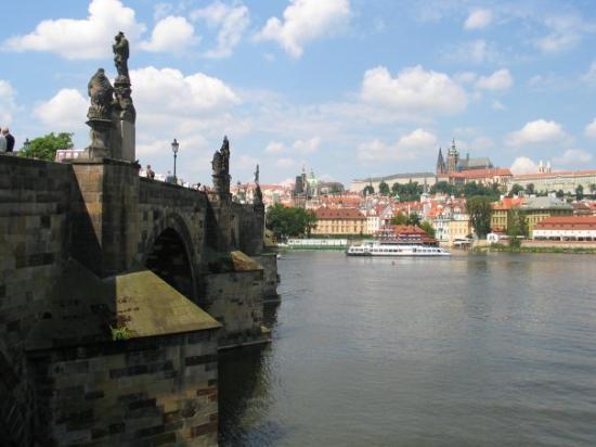 สะพานชาร์ลส์: Prag 08, karlsbron