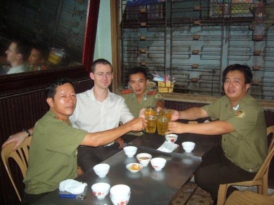 โฮจิมินห์ซิตี, เวียดนาม: Au Vietnam