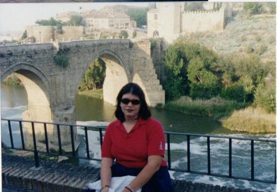 โทลีโด, สเปน: En toledo, atrás el puente del mio Cid :)