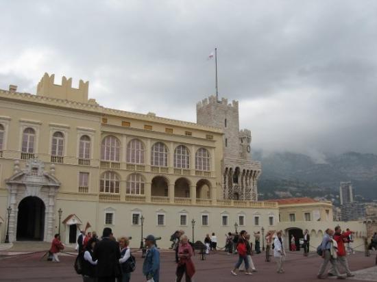 Monaco-Ville, โมนาโก: Monaco Palace