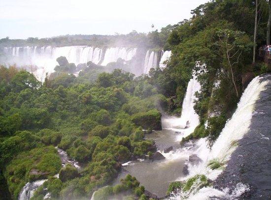 ปวยร์โตอีกวาซู, อาร์เจนตินา: Parque nacional Cataratas del iguazu, Misiones