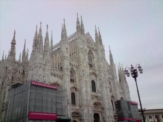 มิลาน, อิตาลี: Duomo