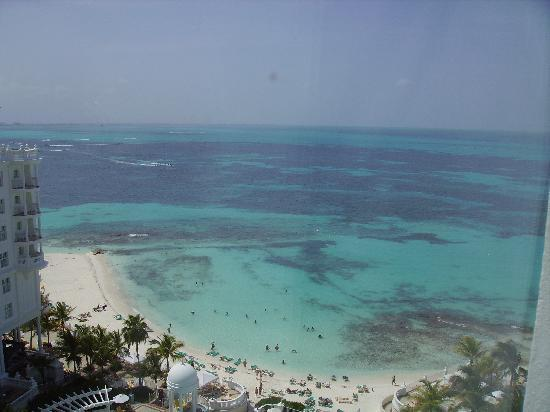 Hotel Riu Palace Las Americas: View from our room