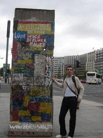อนุสรณ์สถานกำแพงเบอร์ลิน: Berlín