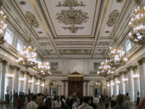 พิพิธภัณฑ์เฮอร์มิทาจและพระราชวังฤดูหนาว: Hermitage - San Pietroburgo - Russia