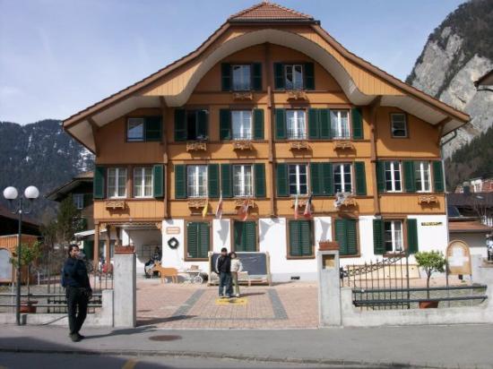 อินเตอร์เลเคน, สวิตเซอร์แลนด์: The Jungfrau residence we stayed in for 4 nites