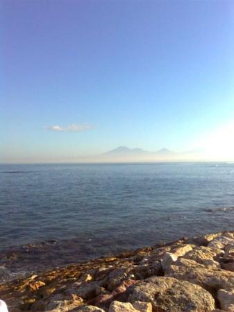 คูตา, อินโดนีเซีย: pantai jerman di pagi hari...