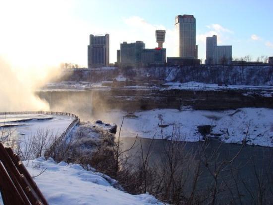 น้ำตกไนแองการ่า, นิวยอร์ก: Niagra Falls