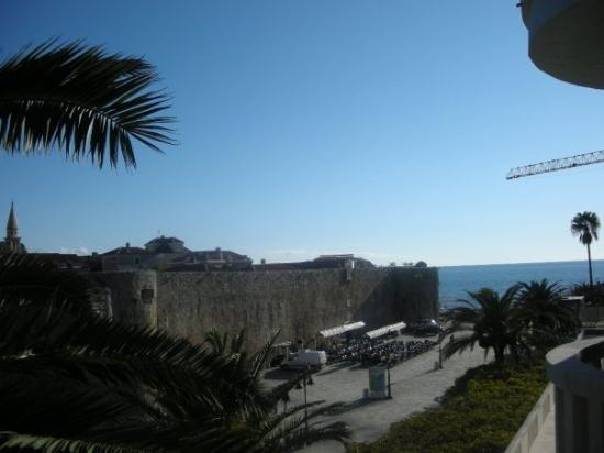 Budva, มอนเตเนโกร: Another nice view
