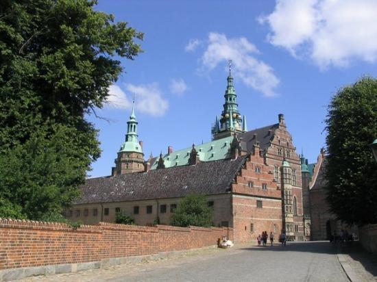 Frederiksborg Castle: Hillerod, Denmark