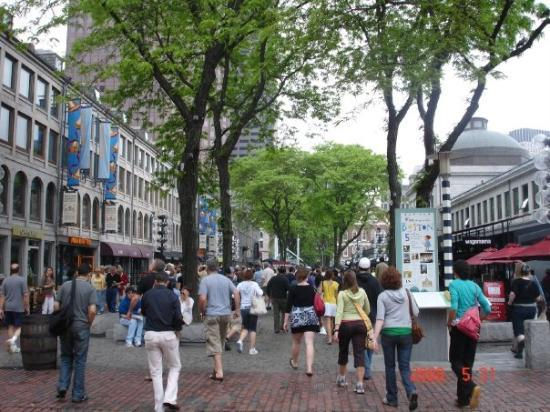 Faneuil Hall Marketplace: Quincy Market