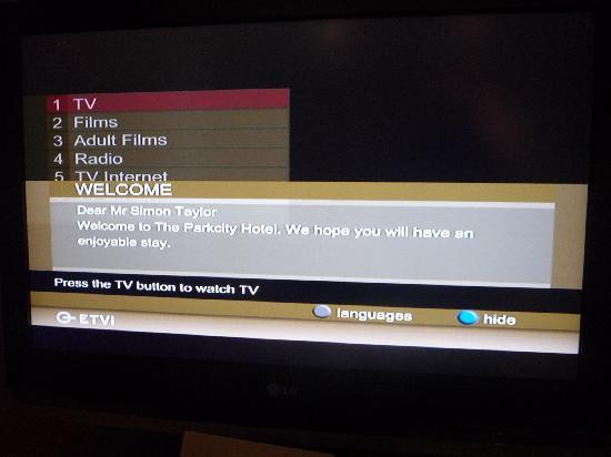 โรงแรมเดอะพาร์คซิตี้: the welcome on the tv was a nice touch