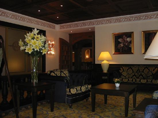 Hotel Bismarck: salotto della reception