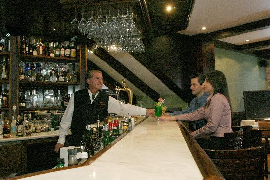 Restaurante Churrascaria Fogo Brasil: bar